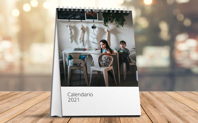 Calendario vertical de mesa